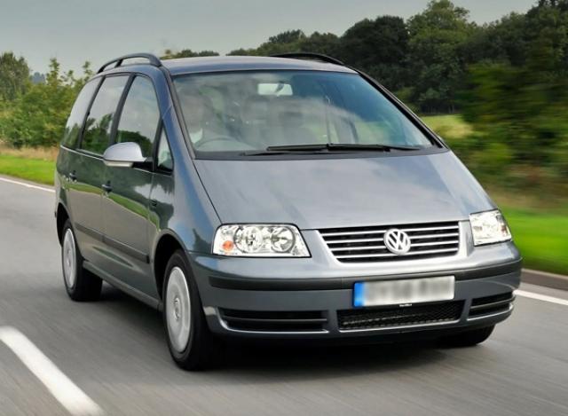 VW Sharan - 2004